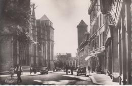 CPSM Rodez - Rue Du Terral (animation Avec Automobiles Années 40) - Rodez