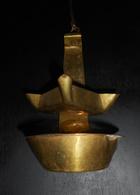 BELLE LAMPE A HUILE ANCIENNE EN LAITON OU CALEIL, TRÈS BELLE EN DÉCORATION - Bronzen