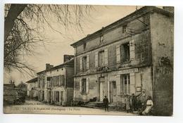 La Tour Blanche La Poste - France