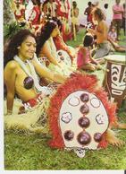 TAHITI. CP Jolie Vahiné En Costume Traditionnel - Polynésie Française