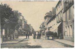 D14 - SAINT PIERRE SUR DIVES - RUE DE FALAISE - Plusieurs Personnes - Calèche - Autres Communes