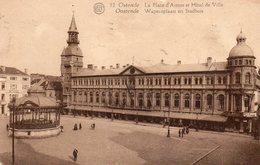 OSTENDE - La Place D'Armes Et L'Hôtel De Ville - Oostende