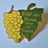 Rare Pin's Club Des Grands Vins De France - Boissons