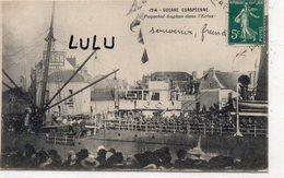 MILITARIA 446 : Paquebot Anglais Dans L écluse  ( Caché Saint Nazaire ) Guerre Européenne De 1914 - Matériel