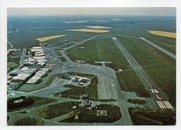 - CPM TOUSSUS-LE-NOBLE (78) - Aérodrome - Editions P. I. 3333 - - Toussus Le Noble