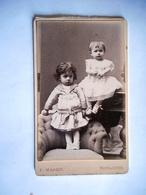 PHOTO CDV ENFANTS SOEURS ROBE MODE  CABINET MASSIP A TOULOUSE - Photographs