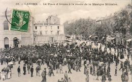 D46  CAHORS  La Place D'Armes à La Sortie De La Musique Militaire  .........  Carte Peu Courante - Cahors