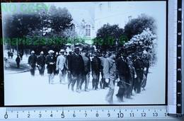 BONNEVILLE 74 FÊTE POMPIERS 1900 DÉFILÉ PHOTO REPRODUCTION PHOTOGRAPHIE ANCIENNE COPIE ARGENTIQUE SAVOIE ALPES SAVOYARDS - Métiers