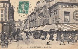 Charleville - 22 - Grande Rue (vue Rare) - Charleville