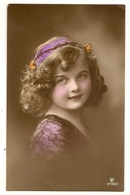 453- Jolie Fillette - Portraits