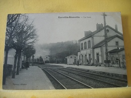 52 511 CPA 1917 - 52 EURVILLE - BIENVILLE. LA GARE - ANIMATION - TRAIN ARRIVE EN GARE - Sonstige Gemeinden