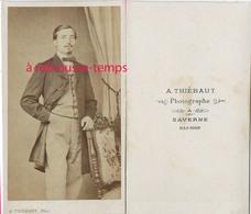 CDV Mode Second Empire-bourgeoisie-jeune Homme élégant-photo Thiébaut à Saverne - Anciennes (Av. 1900)