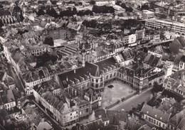 Douai - Vue Aérienne Sur L'Hôtel De Ville - Douai