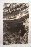 COURS DU HERISSON   - La Grotte LACUZON      - ( Pas De Reflet Sur L'original ) - France