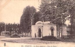 C P A 42] Loire > Roanne Les Bains Populaires Place Du Phénix - Roanne