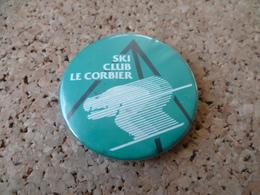 BADGE  SKI CLUB LE CORBIER - Wintersport