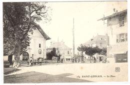 SAINT GERVAIS LES BAINS (74) - La Place - Ed. Photo Soly, Lyon - Saint-Gervais-les-Bains