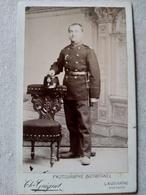 SUISSE - CDV Militaire Suisse - 5 Sur Shako - Photo Guignet, LAUSANNE - Circa 1880 - TBE - War, Military