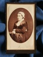 Photo CDV Burgaud à Nantes - Portrait Jeune Femme Avec Coiffe, Circa 1880-85 L481C - Photos