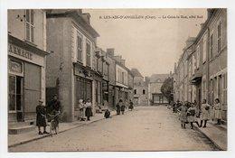 - CPA LES AIX-D'ANGILLON (18) - La Grande Rue, Côté Sud (belle Animation) - N° 8 - - Les Aix-d'Angillon