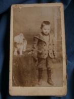 Photo CDV  Anonyme  Jeune Garçon  Chat En Peluche  CA 1910 - L481B - Anonymous Persons