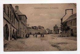 - CPA GUERLESQUIN (29) - La Grande-Rue 1925 (avec Personnages) - N° 5 - - Guerlesquin