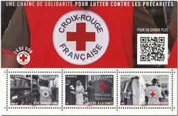 France - Bloc Feuillet Y&T N° F5350 - Croix-Rouge Française - Une Chaîne De Solidarité Pour Lutter Contre Les Précarités - Blocchi & Foglietti