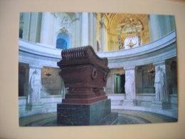 Napoléon Bonaparte, Jules Hardouin-Mansart, L'église Du Dôme,  L T Visconti Le Tombeau De Napoléon 1er - Historische Persönlichkeiten