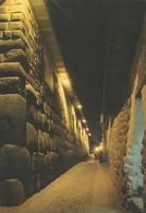 POSTAL DE PERU. CUZCO. CALLE CUZQUEÑA DE NOCHE. A CUZCO STREET AT NIGHT. PP.3008. (771). - Perú
