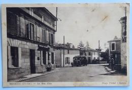 C. P. A. : 17 : MEURSAC, Le Bon Coin, Animé, Bus, Pompe à Essence, En 1945, Rare - Autres Communes