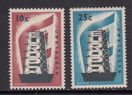 The Netherlands MNH Michel Nr 683/84 From 1956 / Catw 35.00 EUR - Periode 1949-1980 (Juliana)