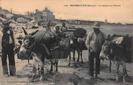 CPA NOIRMOUTIER ( Vendée ) - La Récolte Du Varech - Noirmoutier