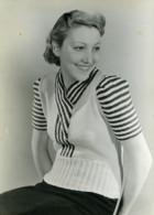 France Paris Mode Feminine Pull Tricot 3 Suisses Ancienne Photo 1939 - Photographs