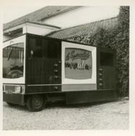 France Calais 25e Foire Exposition Camion Publicitaire Television Couleur 2 Photos Anciennes 1964 - Cars