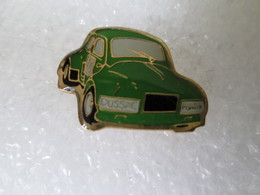 PIN'S   RENAULT  4 CV  PROTO  RALLYE   PATRICK DUSSAC - Renault