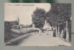 CPA (64) Garlin - Boulevard Des Pyrénées - France