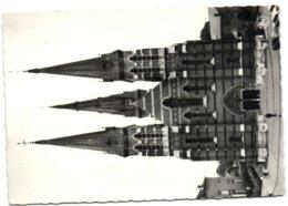 Châtelet - Eglise Sts. Pierre Et Paul - Châtelet