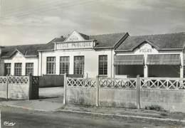 """/ CPSM FRANCE 17 """"Muron, L'école Publique"""" - Andere Gemeenten"""