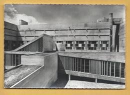 C.P.M. LA TOURETTE - Le Cloître - Le Corbusier Arch. - Andere Gemeenten