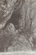 Comps-sur-Artuby. Entrée De La Grotte De La Beaume Sur Artuby. - Comps-sur-Artuby