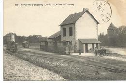 LE GRAND FOUGERAY. La Gare. Train Tramway - Altri Comuni