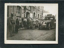 Photo - Militaires Au Poste De Police, Très Animé - Automobile - Guerre 1914-18
