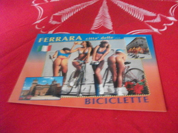 4 BELLE DONNE PIN UP IN BICICLETTA FERRARA CITTA' DELLE .. BICICLETTE - Pin-Ups