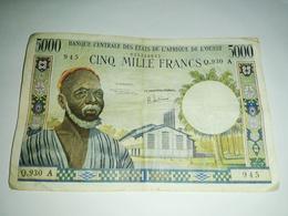 BILLET DE 5000 FRANCS BANQUE CENTRALE DES ETATS DE L'AFRIQUE DE L'OUEST TRES RARE !! - États D'Afrique De L'Ouest