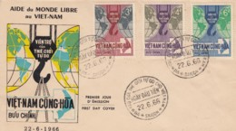 Vietnam YT 281 / 283 Aide Au Monde Libre 22 / 6 / 66 Saigon .. Grue, Planisphere, Crochet Poulie - Vietnam