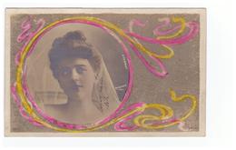 Spectacle Artiste Cpa D' Aubray Femme Photo Reutlinger , Cpa Carte Rehaussée Genre Micro Bulles , Style Art Deco - Artistes