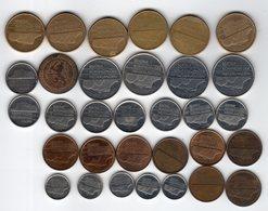 Pays-Bas / Nederland / Netherlands - Lot De 32 Monnaies - Pays-Bas