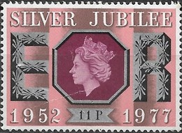 GREAT BRITAIN 1977 Silver Jubilee - 11p - 'Star' Initials MNH - 1952-.... (Elisabetta II)