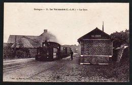 LE VAL- ANDRE: Plan TOP Sur L'arrivée Du Train Fumant En Gare, RARE Carte Neuve. CE N'EST PAS UNE REPRODUCTION - Autres Communes