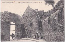 50. MONT-SAINT-MICHEL. L'Entrée. 2318 - Le Mont Saint Michel